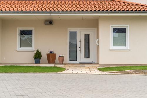 Renovierte Hausfassade - Malerbetrieb Huber