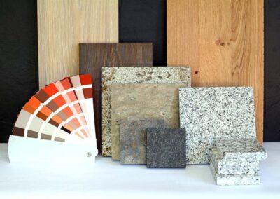 Farbfächer und Materialien